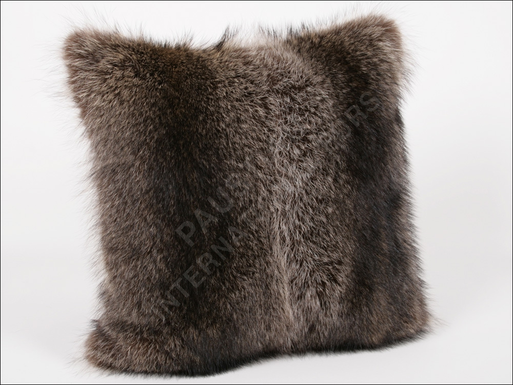 133 raccoon pillow genuine fur polster real fur bolster cover furry cushion new ebay. Black Bedroom Furniture Sets. Home Design Ideas